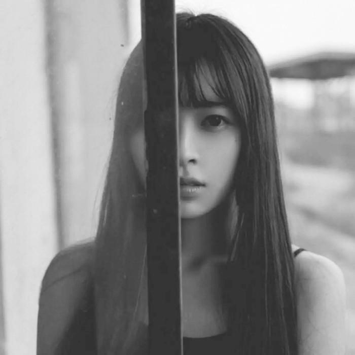 Sedih Gadis Gamba Gambar Profil Gambar Foto Profil Gambar Profil Fb Gambar Profil Facebook Gambar Profil Keren Gambar Wanita Cantik